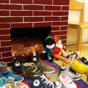 schoen zetten De Speeldoos